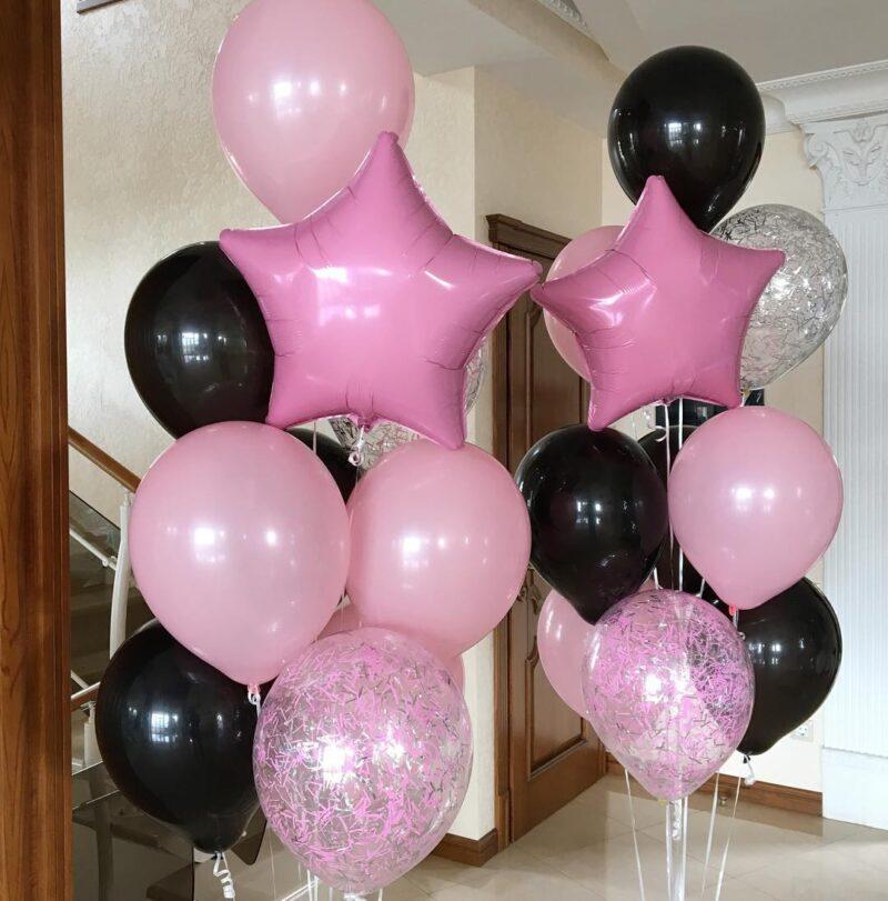 Композиция из розовых и черных шаров со звездой