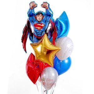 Композиция на день рождения из шаров с Суперменом