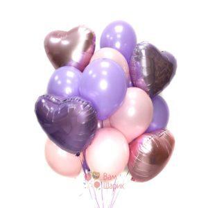 Композиция из воздушных розовых и сиреневых шаров с сердцами для девушки